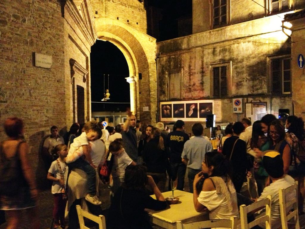 """Penne's wall durante la """"Notte in bianco""""."""